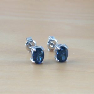 sapphire oval stud earrings