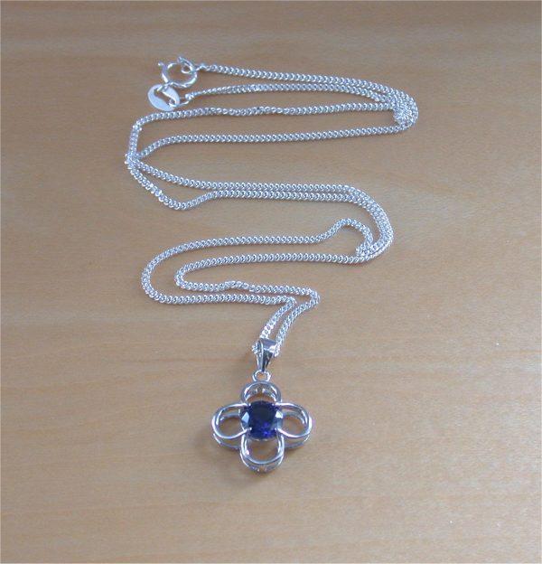 sapphire daisy necklace