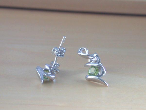 silver peridot earrings uk