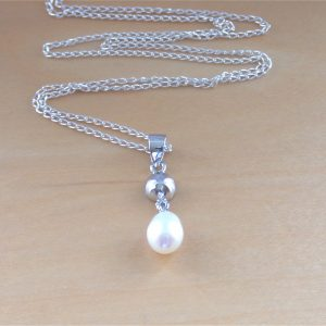 freshwater pearl necklace uk