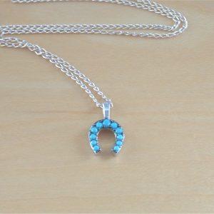 turquoise horseshoe pendant