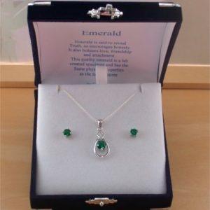 silver emerald necklace set