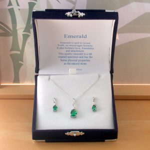 emerald necklace and earring gift set