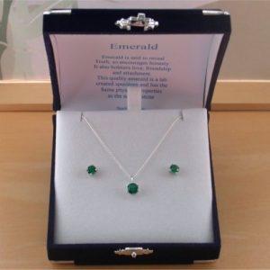 Emerald Gemstone Necklace & Earrings