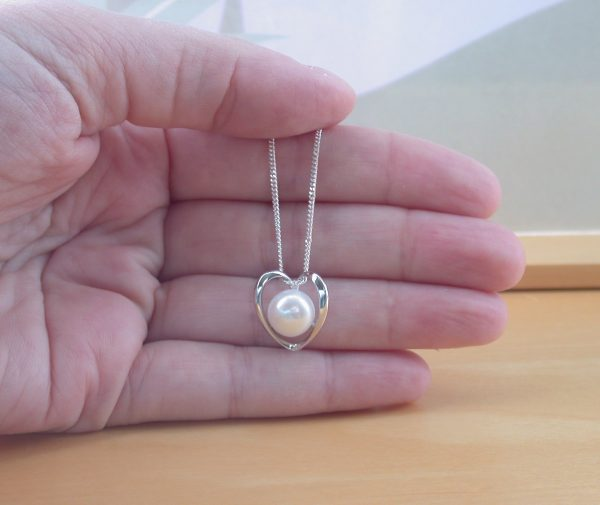 freshwater pearl heart necklace uk