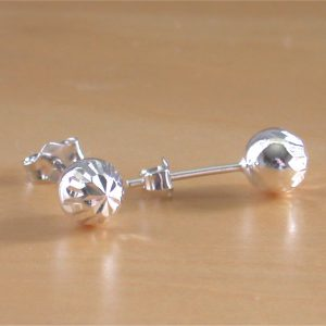 silver diamond cut stud earrings