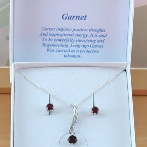 garnet star necklace